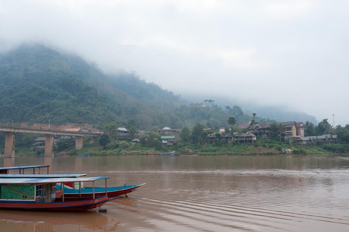 Laos de Nong Khiaw à Mong Ngoi-16