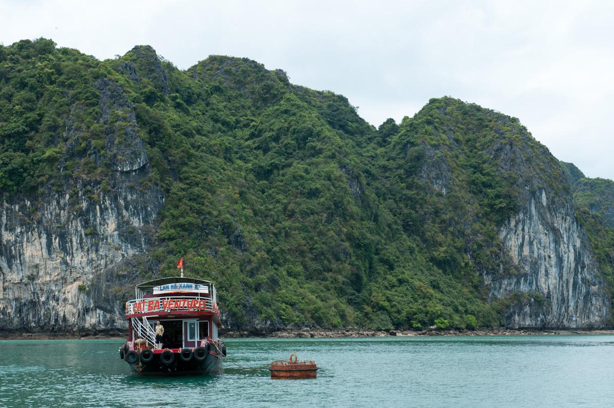 Vietnam - Halong Bay-37